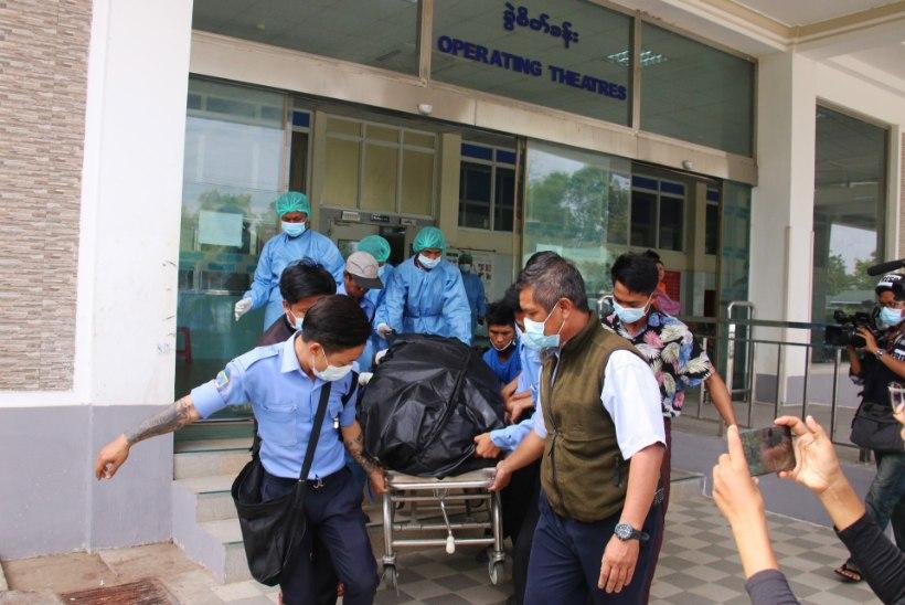 ESIMENE OHVER: Myanmaris suri protestide käigus kuulihaava saanud noor naine