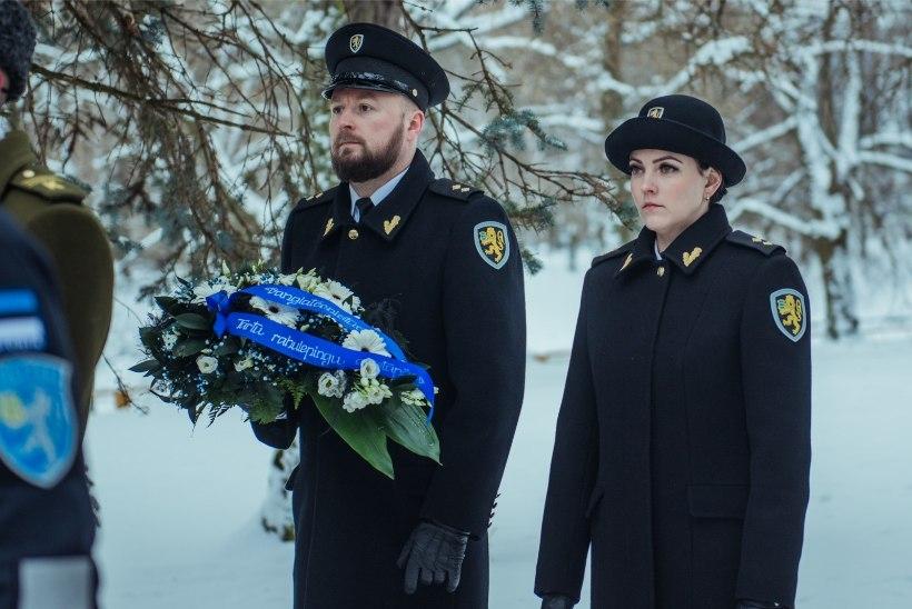 GALERII   Mälestustseremooniad Tartu rahu 101. aastapäeval