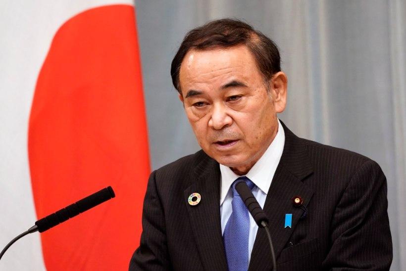 BRITTIDE EESKUJUL: Jaapanis alustas tööd üksilduse minister