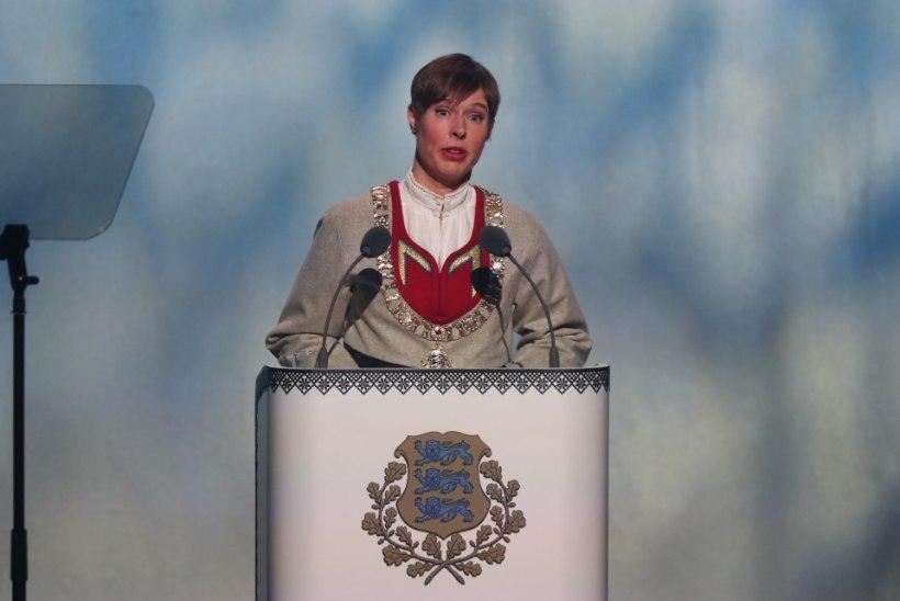 FOTOD | Presidendipaar kannab Jämaja kihelkonna rahvariideid: valiti need presidendi esivanemate juurte järgi