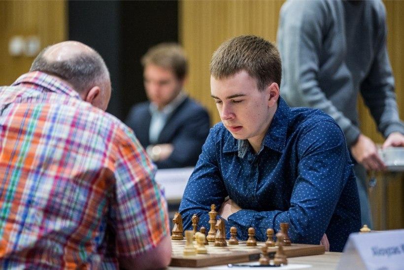 VÄGEV! Teise ameti poolest tuntud Eesti pokkerimängija võitis nimekal turniiril üle 500 000 dollari