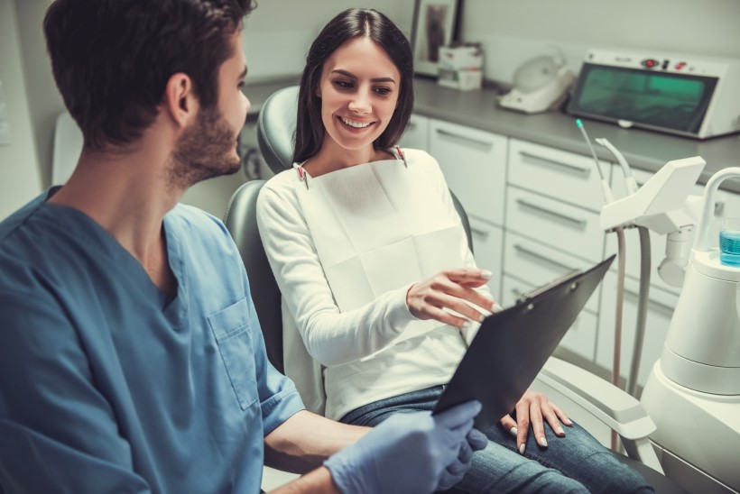 Hambaarst selgitab: miks on vaja nii tihti hammaste kontrollis käia?