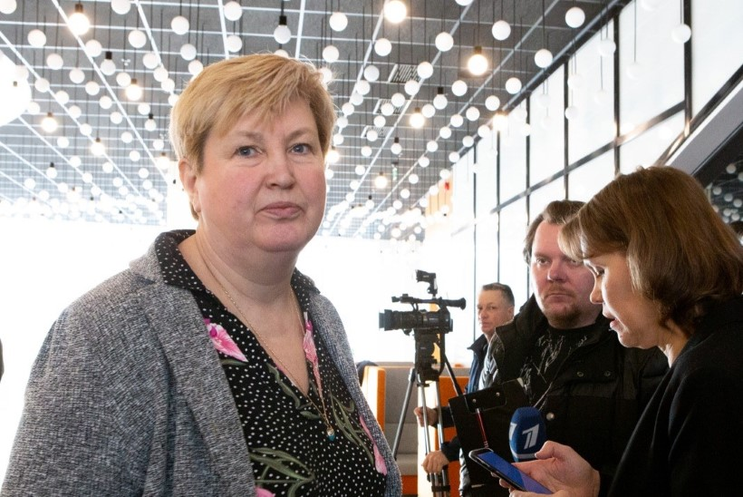 Küsimus | Kelle arvelt sai kantsler Priske teise vaktsiinidoosi?