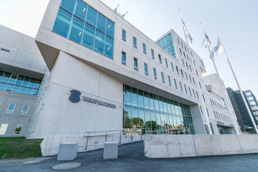 KOROONAOHT KOHTUMAJAS: advokatuuri juhatus ei näe vajadust suuri kohtuasju edasi lükata