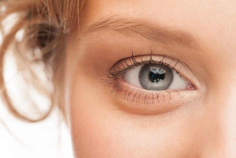 Nipid Victoria Beckhami kosmeetikult: kuidas hoolitseda silmaümbruse naha eest