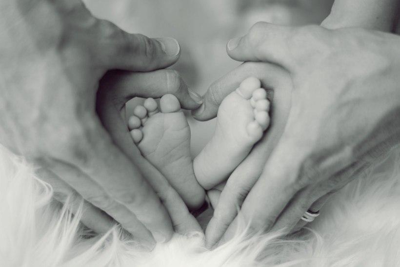 OHT NII EMALE KUI LAPSELE: koroonahaigeid rasedaid ja sünnitajaid on aina rohkem