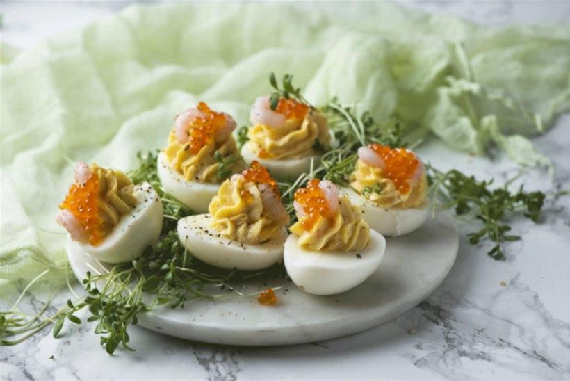 VANAKOOLI HÕRGUTIS | Kreveti-avokaadotäidisega munad