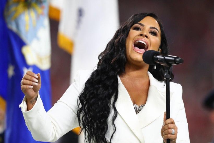 Demi Lovato ei piira pärast üledoosi alkoholi ega kanepi kasutamist