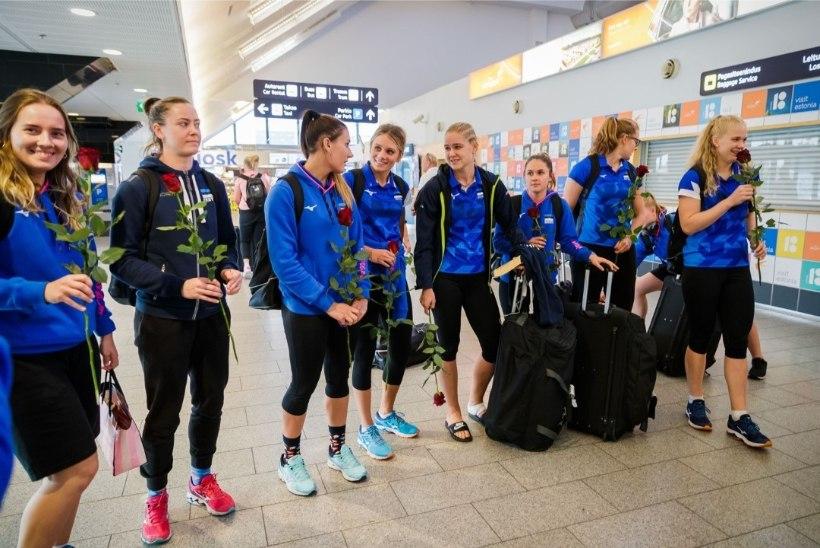 Selgusid naiste võrkpallikoondise kandidaadid. Peatreener: eesmärk on EMile pääseda