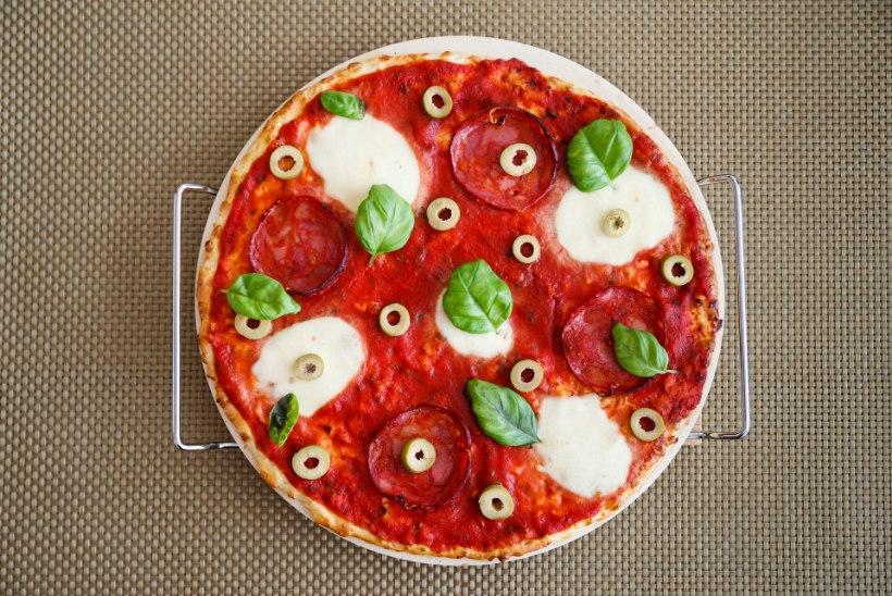 KATSE | Kui keeruline on teha pitsapõhja kodujuustust või lillkapsast?
