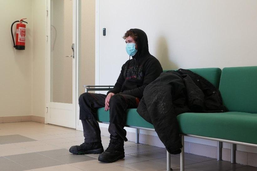 FOTOD KOHTUST   Kalvi-Kalle saabus kohtusse ATV-ga ja pääses veel vanglakaristusest