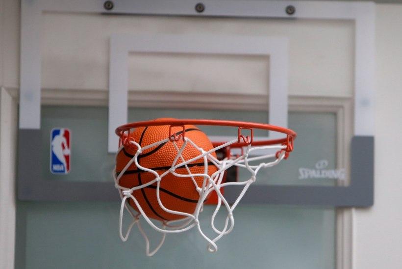 Seksuaalses väärkohtlemises süüdistatud korvpallitreeneri ekskolleeg: temaga koos olnud inimesed on nüüd mõistnud, et midagi oli väga valesti