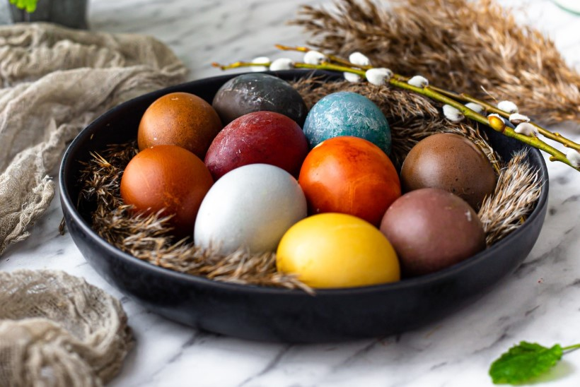 OHHOO! Lihtne looduslik värvispikker nii valgetele kui ka pruunidele munadele