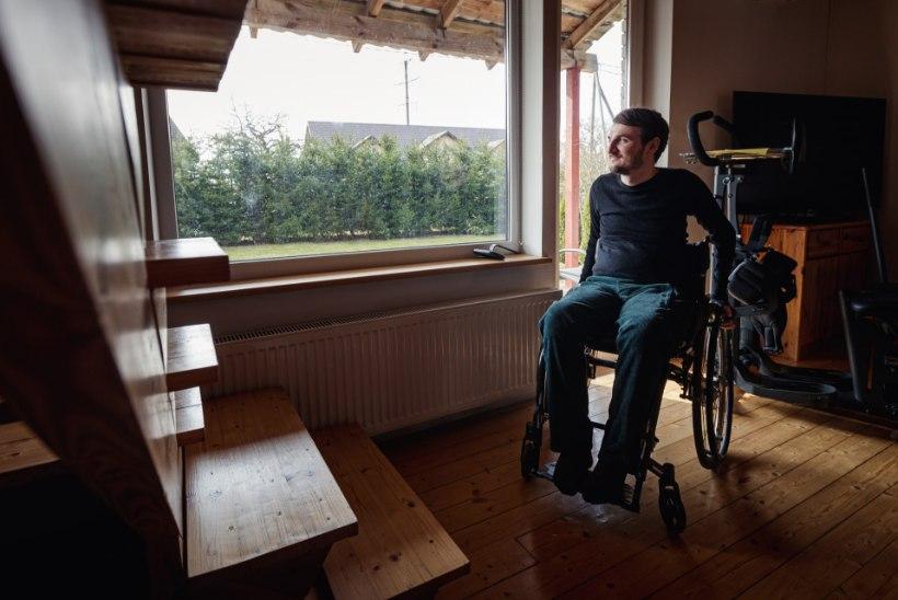 Disainer Daniel Kotsjuba: sain aru, et mul on võimalik ratastoolis olemist ja kogetud elumuutust enda erialasse tõlgendada