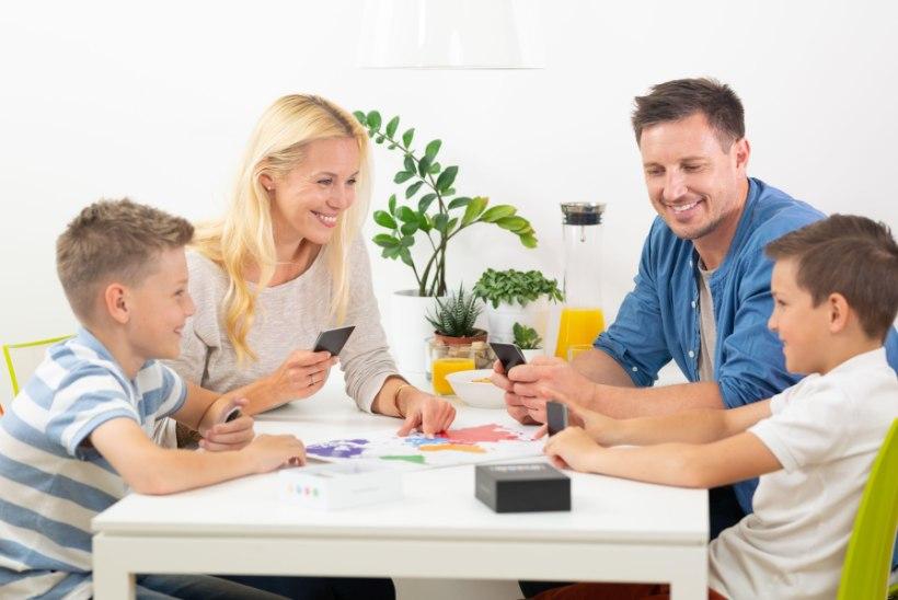 HARIV JA LÕBUS   Veeda nädalavahetus perega lauamängude seltsis!
