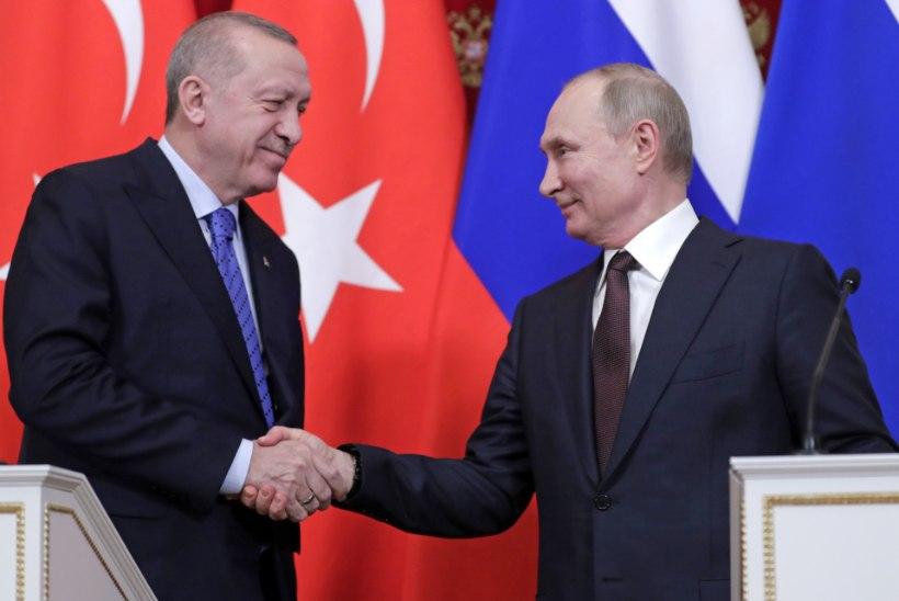 TSAAR JA SULTAN: Türgi ja Venemaa mugavusabielu püsib hoolimata vanadest tülidest