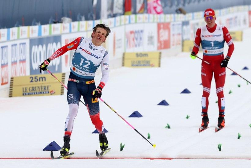 SUUR DRAAMA! Kläbo ja Bolšunov ei mahtunud MMi maratoni finišisirgele ära, maailmameistriks kroonitud norralane diskvalifitseeriti!