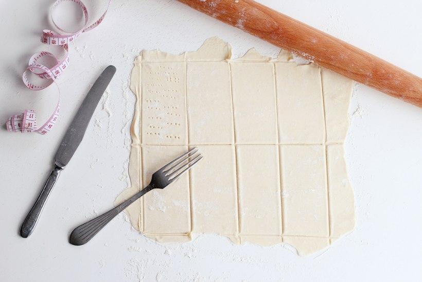 SAMM-SAMMULT ÕPETUS: hõrgu vanillikreemiga tuhande lehe kook