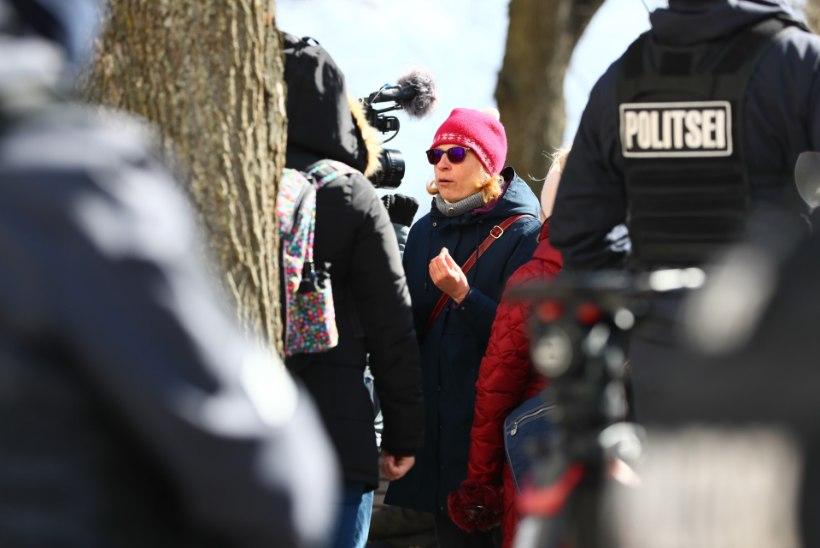 GALERII JA VIDEOD   Meeleavaldajad kogunesid taas Toompeale, ühes lapsed ja kringlid