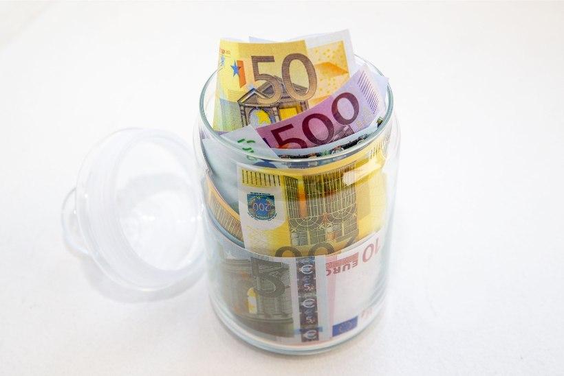 Lugejakiri | Kas mehe eest säästude varjamine on halb?