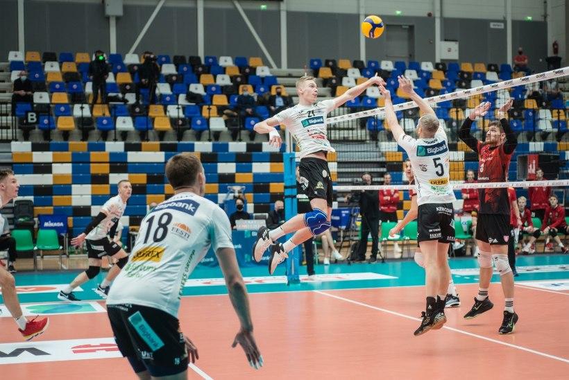 Tartu alistas otsustavas mängus Pärnu ning pääses viimasena poolfinaali