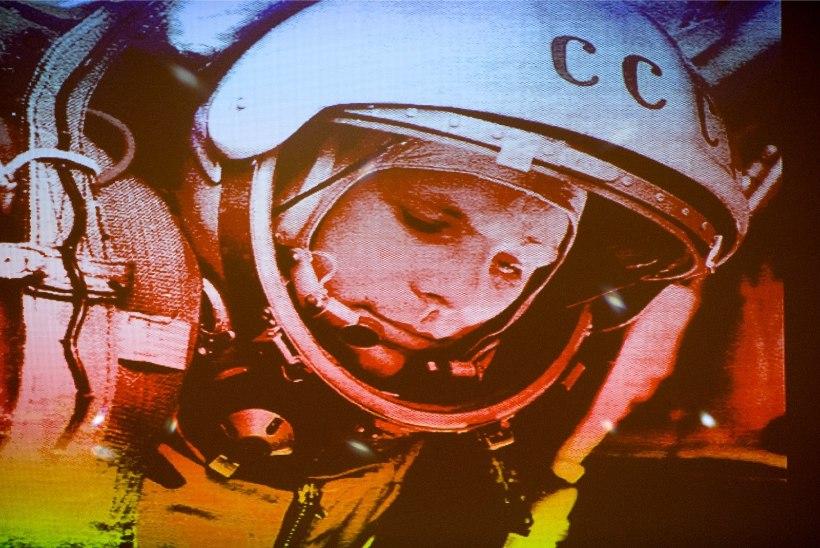 MÄLUMÄNG   Gagarin kosmoses
