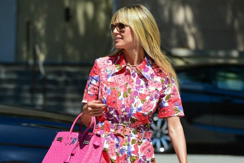 Näppa ideid staaridelt: too kevadesse värvi stiilse pükskostüümiga