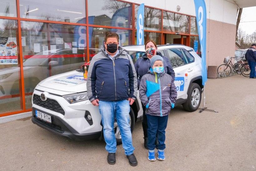 VIDEO | Coopi autoloosi võitja: esimene sõit uue autoga? Loomulikult Coopi poodi!