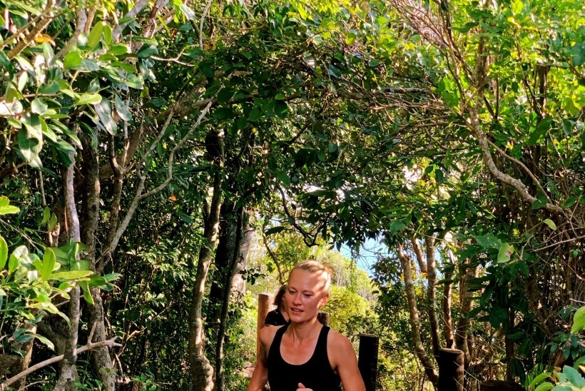 VÄGEV KANNAPÖÖRE: Austraalias maratonijooksjaks hakanud eestlanna: mulle meeldis pidudel käia ja suitsetada, nagu noortele ikka