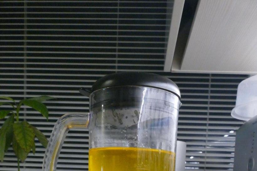Toomitsa retsept   Õunakook sidrunikastmega