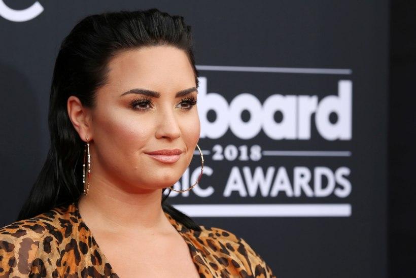 VIDEO | Demi Lovato taaslavastas muusikavideos õhtu, mil ta peaaegu üledoosi tõttu suri