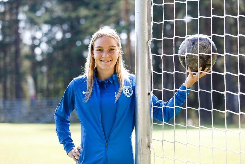 AJALOOLINE SAMM: Flora hakkab esimest korda tasustama naisjalgpallurit