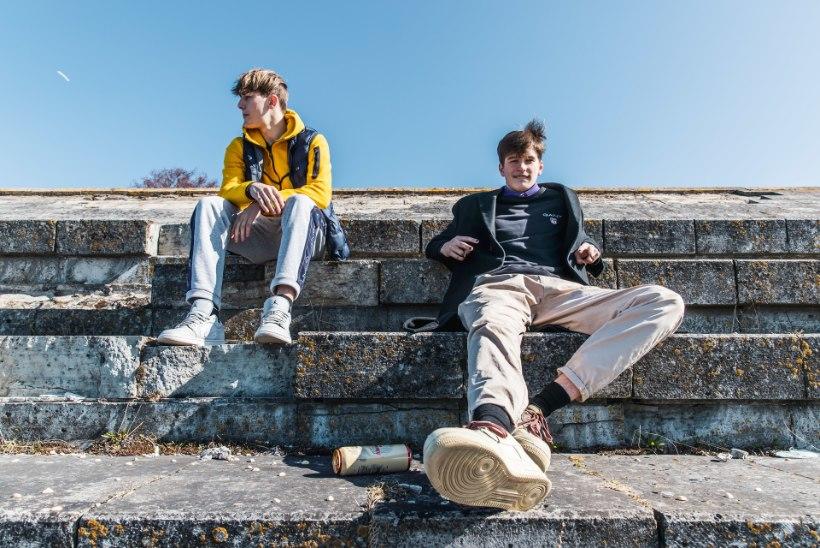 ÕL VIDEO | TikToki pahad poisid Valentin ja Dinars: koolis peab olema usaldusisik, kellele muredest rääkida