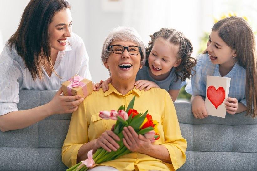 11 kaunist ja ägedat meenemünti emadepäevaks kinkimiseks