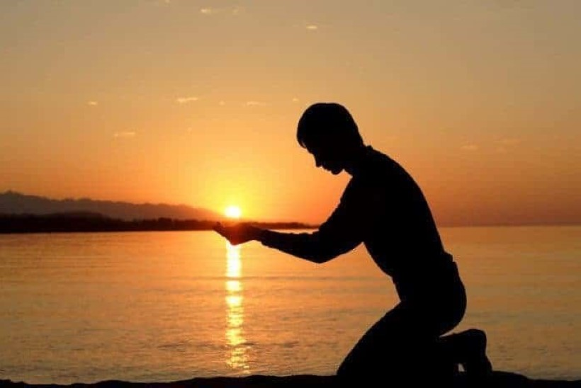 HÜVA NÕU | Kuidas olla tänulik ka keerulistes olukordades? Meelsuse treener jagab lihtsat harjutust.