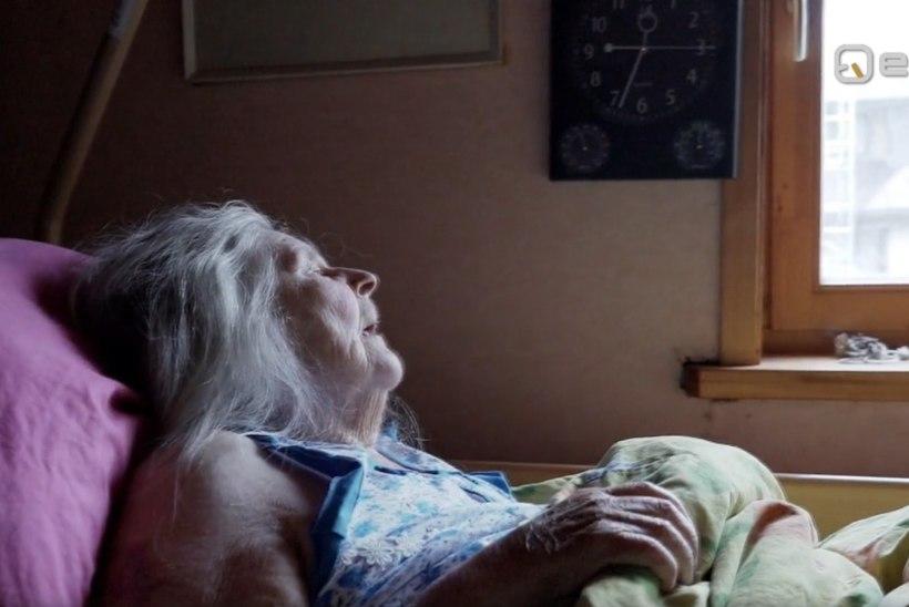 """Riik jättis dementse ja röökiva memme pere abita: """"Karjub täiest jõust öösel kella viiest kaheksani."""""""