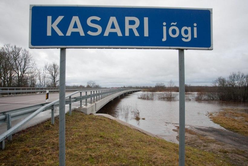 Kalamees uppus Kasari jõkke