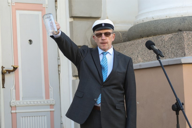Kummaline volbriöö: juba teist aastat järjest jäävad rektor ja linnapea õlleta