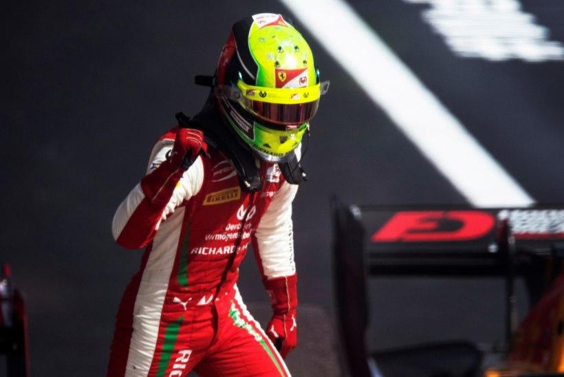 Tiimi juht lükkas ümber, et Schumacher võitis tiitli läbi hooaja kestnud pettusega