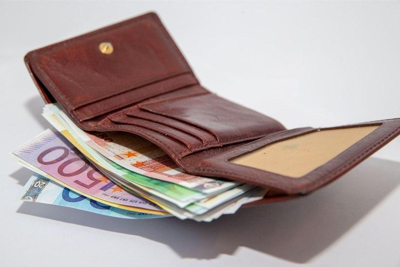 Lugejakiri   Sõpruskonna reisiplaanid nurjumisohus: sõbra kiuslik naine ei taha raha maksta