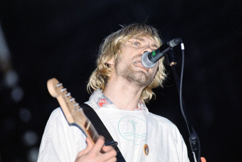 FBI avaldas Kurt Cobaini surmaga seotud saladokumendid