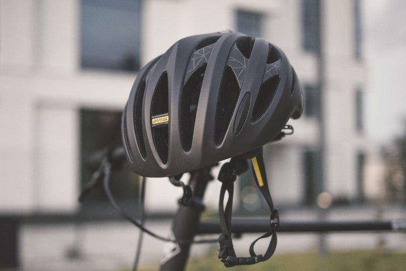 VIDEO | Kuidas on õige jalgrattakiivrit kanda?