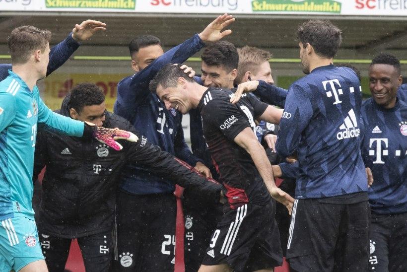 LEWANG40LSKI! Bayerni ründetuus jõudis legendaarse rekordini, mis näis talle võimatu