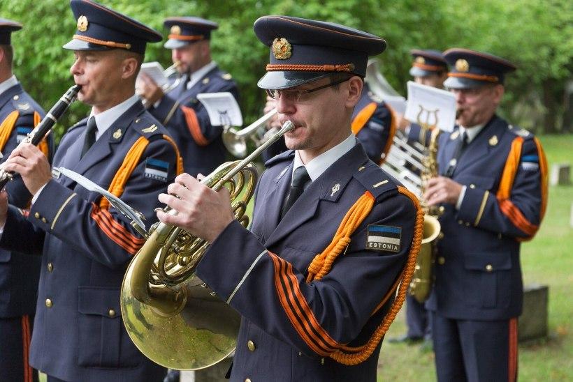 Kaitseväe orkester ja kaplaniteenistus koondatakse | Herem: kokkuhoiu käigus ei tohi kaitseväe võitlusvõime ja lahinguvalmidus langeda