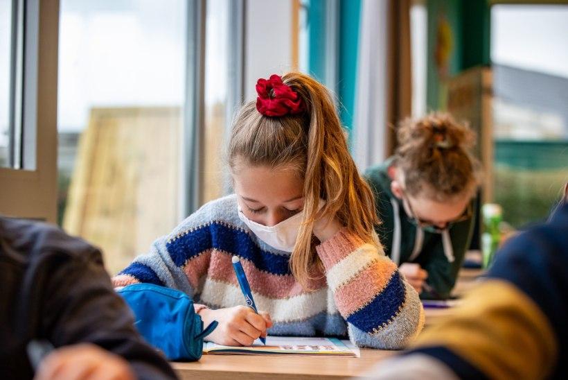 Kool võib maskist keelduva õpilase ajutiselt õppetööst kõrvaldada