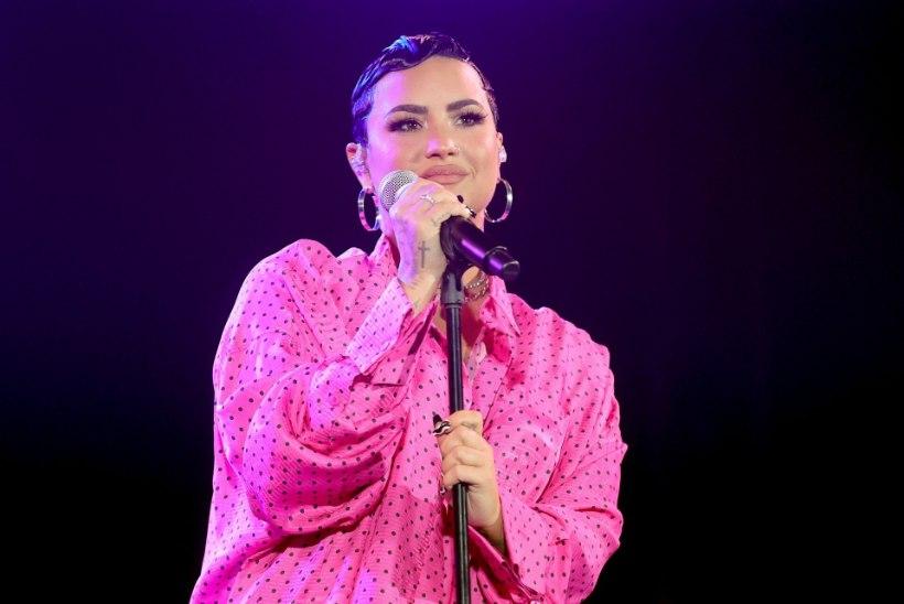 """Demi Lovato teatas, et on mittebinaarne ning kasutab enda kohta asesõna """"they"""""""