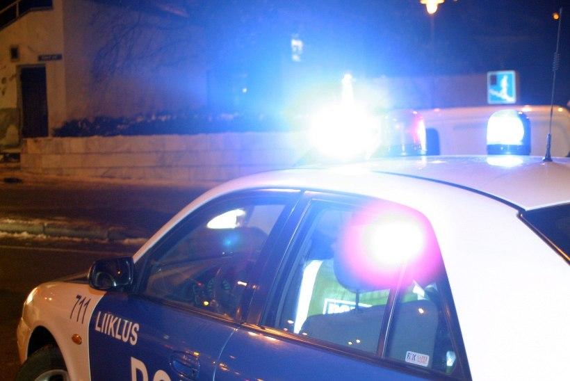 Tagaajamine Eesti moodi: lubadeta mees põhjustas nelja autoga avarii