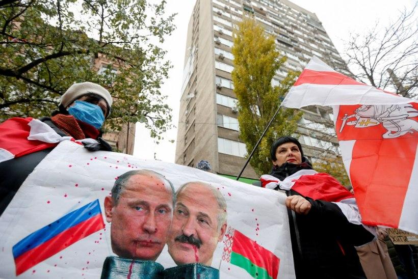 LUKAŠENKA VAJAB ABI? Valgevene president sõidab kohtuma Vladimir Putiniga