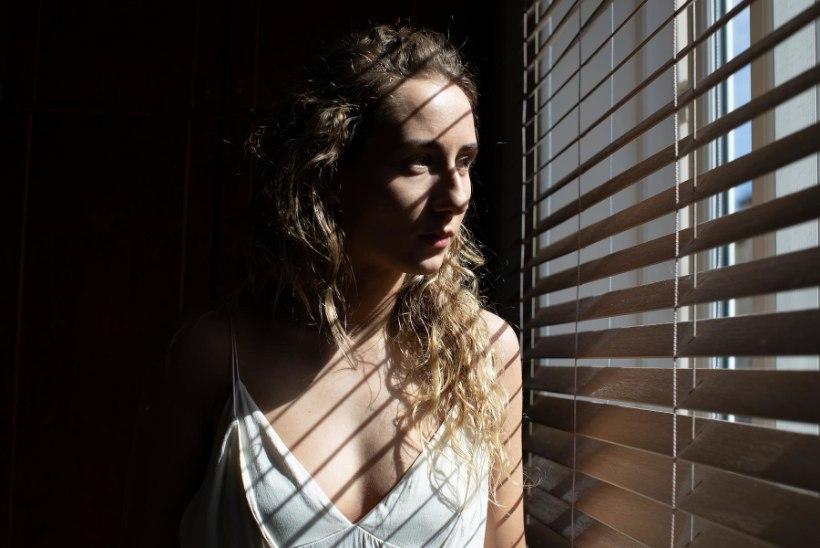 """Mari-Liis Lill: """"Mind vapustas iga räägitud lugu. Isegi kui vägivalla kraad lugudes erineb, on valu alati sama."""""""