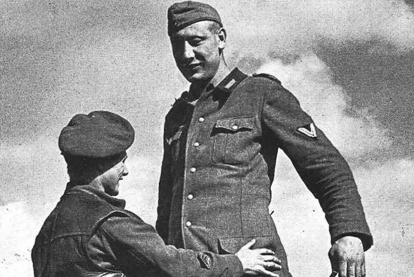 REINIMAA HIIGLANE: ülipikk sakslane saabus II maailmasõja võitlustandrile otse tsirkusest